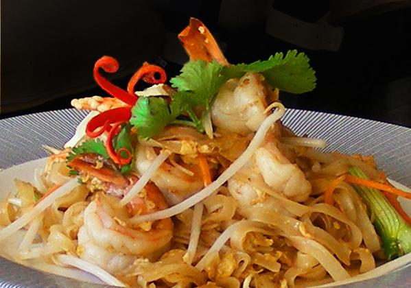 Kwoklyn Wan Food Fanatic King Prawn Pad Thai